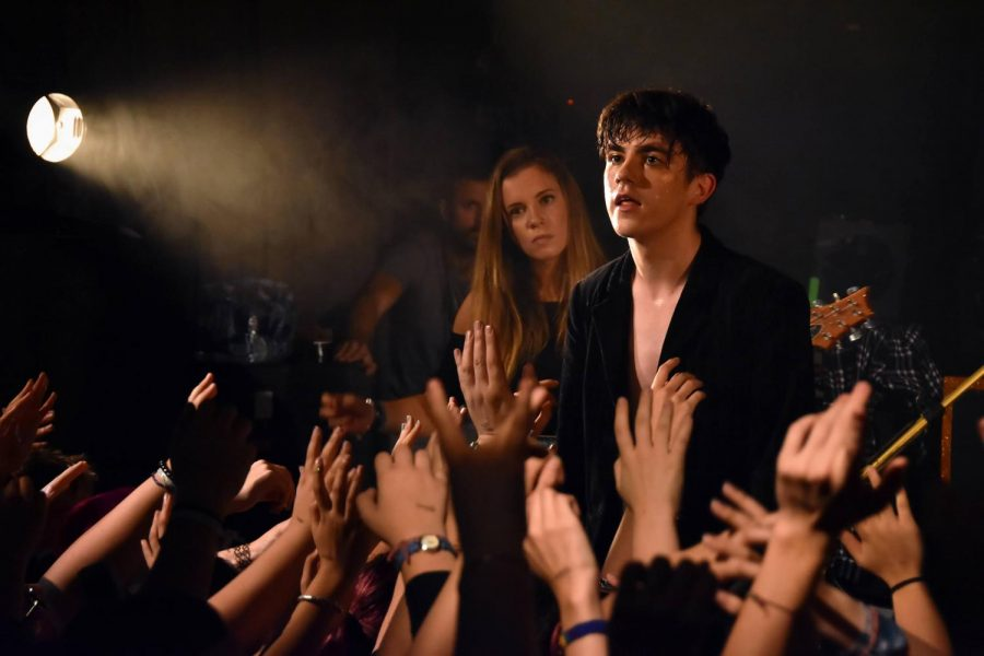 During+his+2017+concert+in+La+Maroquinerie%2C+Paris%2C+Declan+McKenna+longingly+looks+out+into+a+lively+crowd.+Photo+courtesy+of+Stars+Are+Underground+from+France.